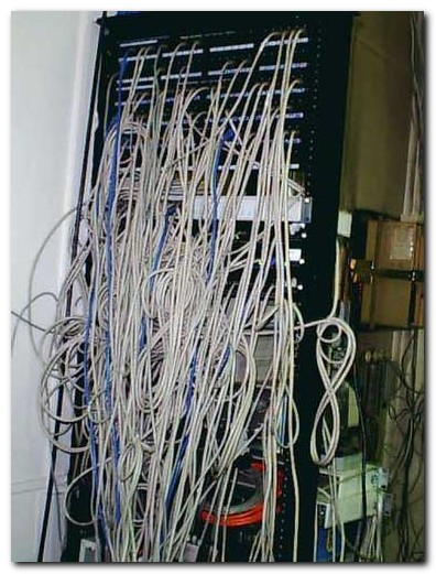 cable_mess_06