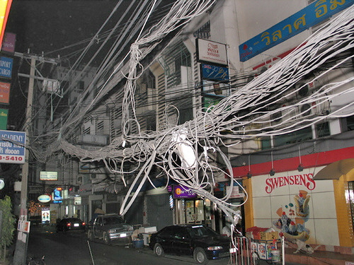 cable_mess_12