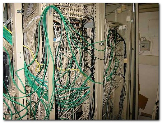 cable_mess_22